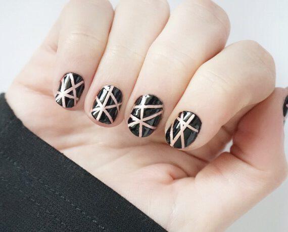 Sparkle Stripes Nail Art
