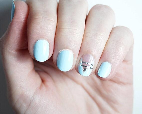Baby Blue V Nail Art