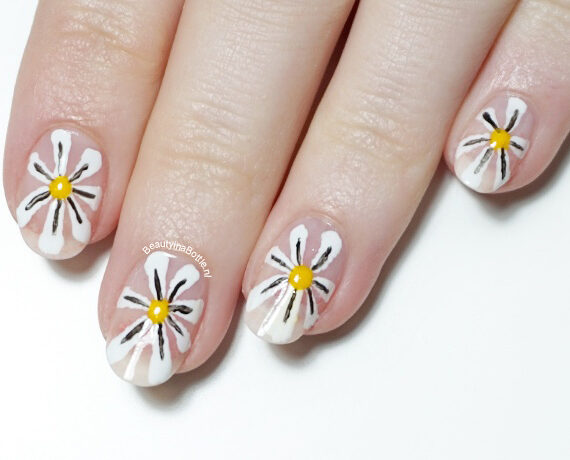 Madeliefjes Nail Art