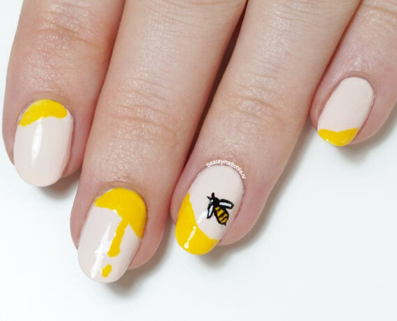 Honingbij Nail Art